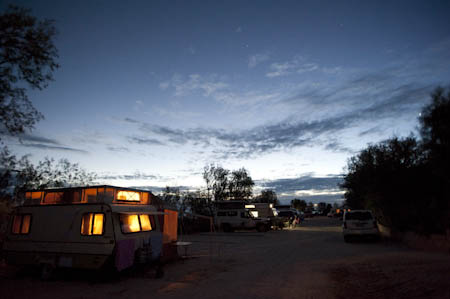 Roulottes num parque para caravanas